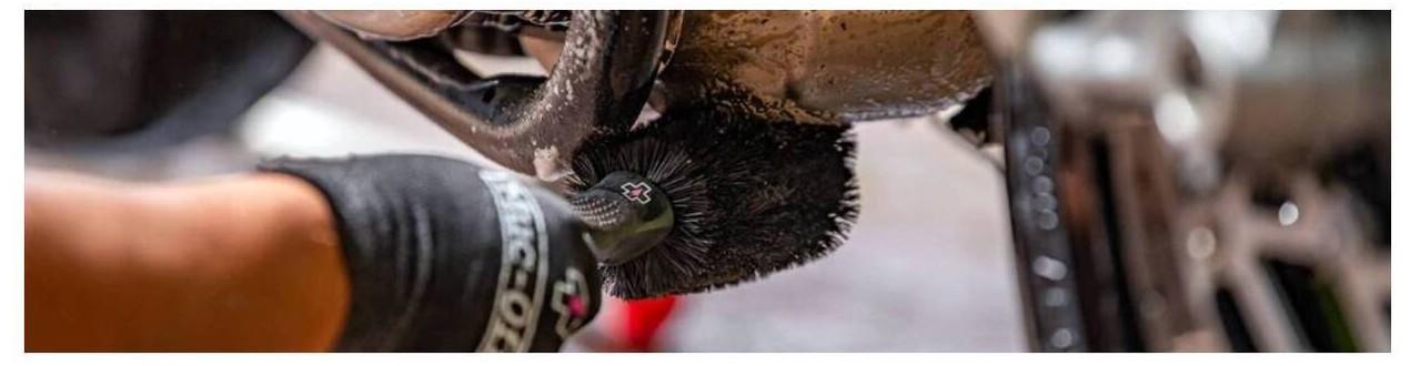 Útiles de limpieza moto ¡Compra Online!  - Mototic